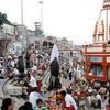 Haridwar Crowded Temple Scene
