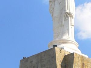 Monumento de la Santa Madre de Dios