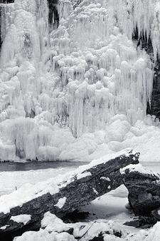 Hayden Falls - Ice & Rocks - Dublin OH