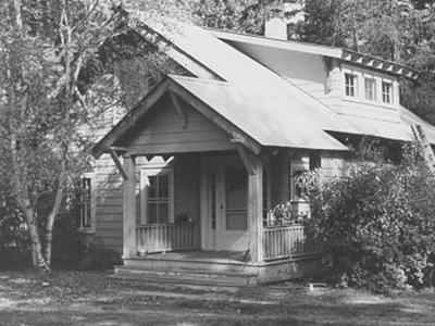 Headquarters Historic District - Glacier - USA