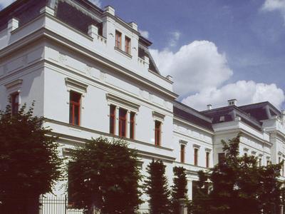Academy Of Fine Arts