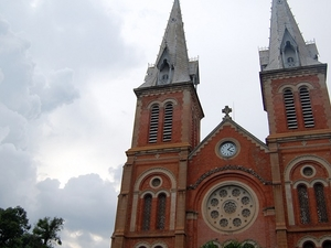 Ho Chi Minh City Sightseeing Tour with Saigon River Speedboat Cruise Photos