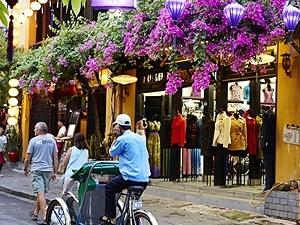 Central Vietnam Tour 6 Days 5 Nights Photos