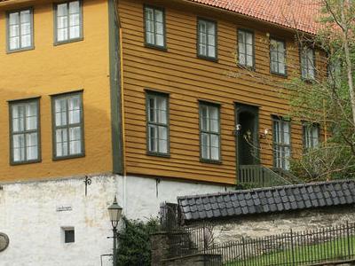 Holberg Katedralskolen Bergen