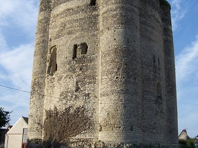 The Donjon De Houdan
