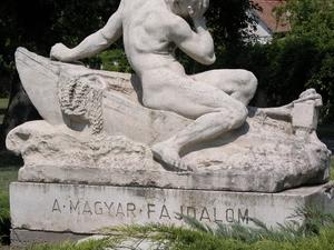 Estatua Sorrow húngaro