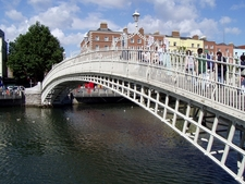 Ha\'penny Bridge