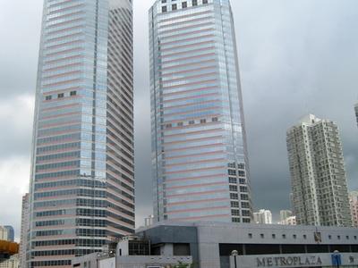 Metro Plaza Overview