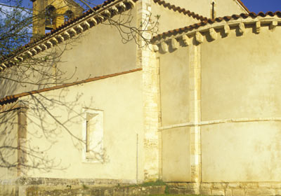 Iglesia De San Esteban De Sograndio