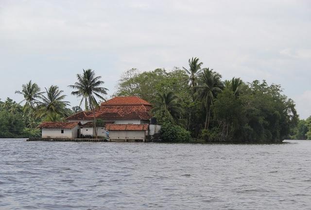 Day Tour in Southern of Sri Lanka Photos