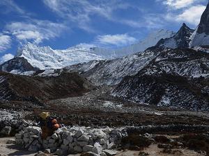 Mt. Island 6189m. (Imje) Peak Expedition Spring 2019