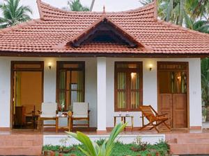 Pozhiyorram Beach Resort