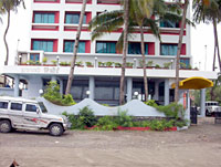 Dom Glow Resorts