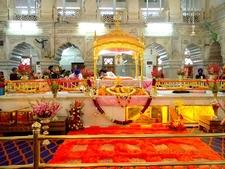 Interior Gurudwara Sis Ganj Sahib