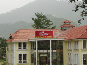 Riverside Resorts-90km from Rishikesh