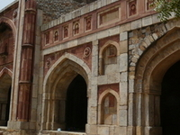 Jamali Kamali Mesquita e Tomb
