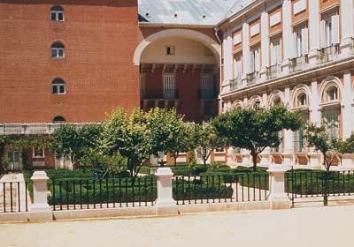 Jardin Del Rey Garden
