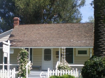 Jonathan  Bailiey  House  2 C  Whittier