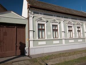 József Attila Museo / Espersit casa-