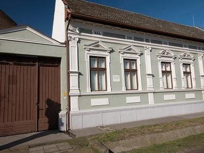 József Attila Museum /Espersit-house, Makó
