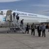 MD-83 Deplaning At Guzmán Airport