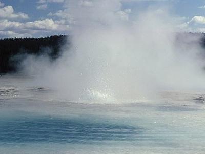 Kaleidoscope Geyser - Yellowstone - USA