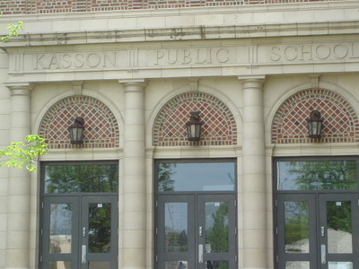 Kasson  Public  School