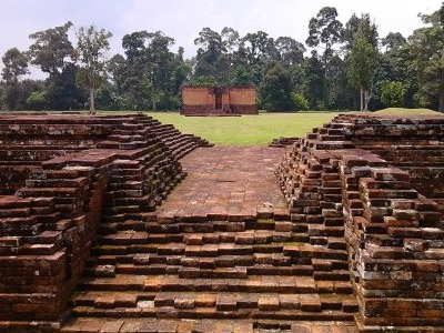Komplek Percandian Muaro Jambi.