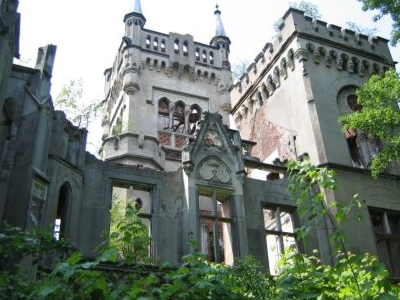Kopice Palace