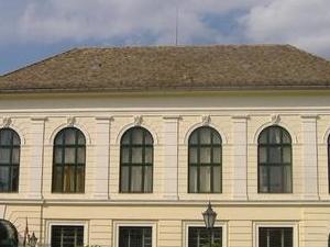 Korona Conferencias y Centro de Servicio