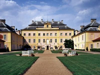 Krasny Dvur Castle
