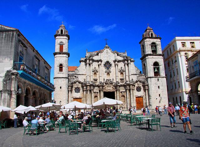 Flight to La Habana from Barcelona Photos