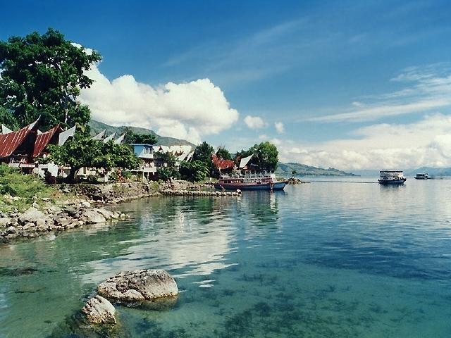 3 Days Beautiful North Sumatera Lake Toba Tour Photos