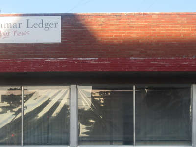 Lamar  Ledger Newspaper Office  2 C  Lamar  2 C  C O  I M G  5