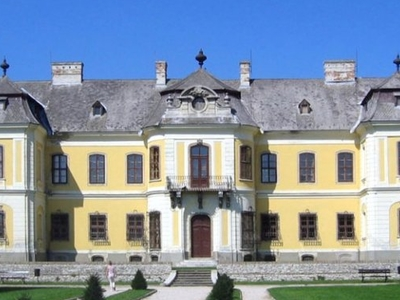 Lamberg Castle, Mór