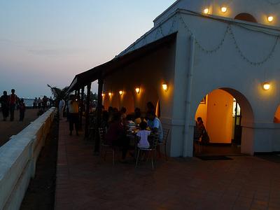 Le Cafe Puducherry