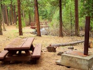 Baje de Rush Creek Campground