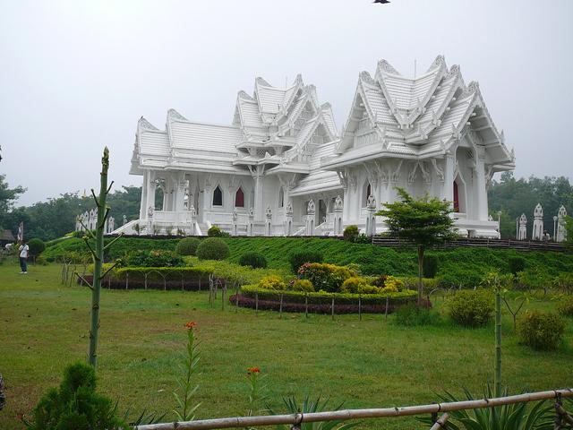 Holi Trip to Kashi, Bodhgaya Photos