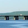 Île Aux Tourtes Bridge