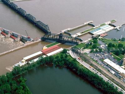 Lock And Dam No. 15