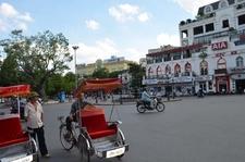 Local Transport At Squares