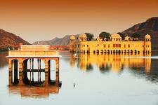 Man Sagar Lake With Water Palace