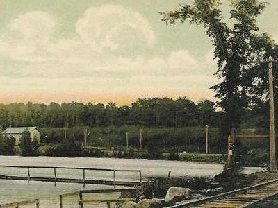 Maranacook  Lake From  Green  Street  Winthrop