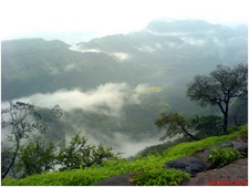Matheran-Clouds