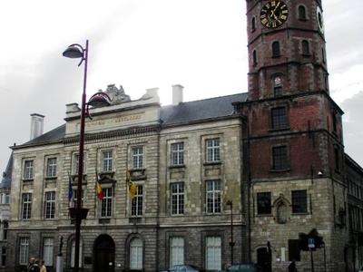 Menen     Stadhuis En Belfort