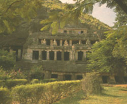 Mogalrajapuram Caves
