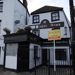 Montague Arms, Roehampton