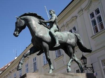 Monument Of The 10. Hussar Regiment-Székesfehérvár