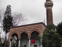 Mezquita con el minarete en espiral