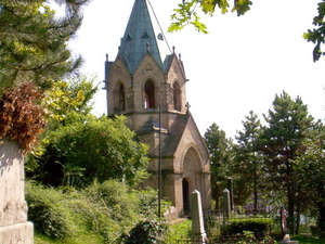 Mór Perczel tumba y la capilla Ermel-Vojnits